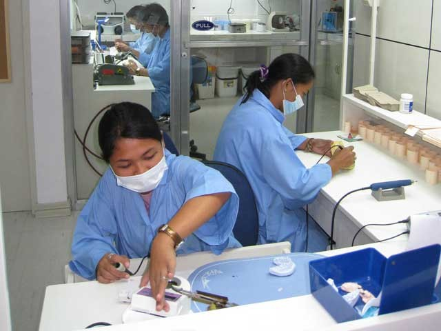 dental-lab-002